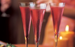 cranberry-kir-royale-940x600
